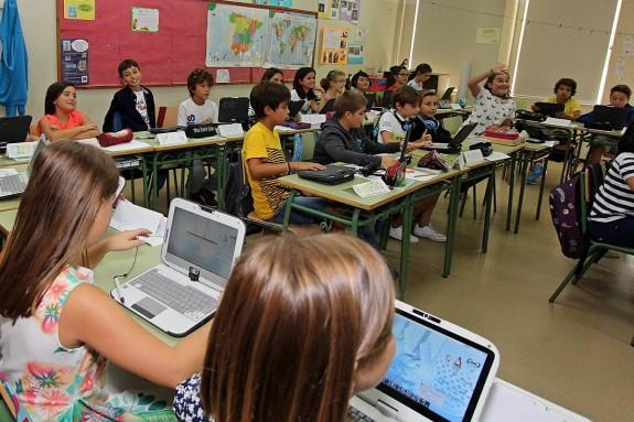 Una clase de un centro escolar de Santiago al inicio del curso 207-2018  - FOTO: LUIS POLO