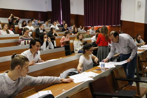 imagen de la pruebas de selectividad el año pasado en Santiago de Compostela - FOTO: ECG