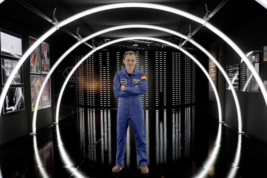 El astronauta Pedro Duque el pasado mes de mayo durante la presentación de la exposición