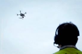 Dron en pleno vuelo. Imagen de archivo. - FOTO: José Villalgordo. (EFE).