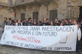 Imagen de la protesta secundada este jueves en Santiago por los investigadores - FOTO: EUROPA PRESS