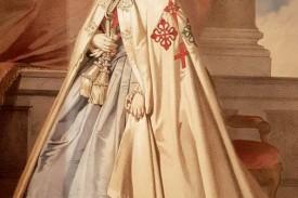 Isabel II como 'Gran Maestre' de las órdenes militares españolas, cuyas cruces emblemáticas están bordadas en el manto: Santiago, Calatrava, Alcántara y Montesa. Figura I