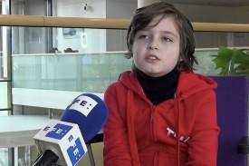 EINDHOVEN (HOLANDA), 26/11/2019.- Laurent Simons, estudiante belga de 9 años, durante una entrevista con Efe en la Universidad Técnica de Eindhoven (Holanda).  - FOTO: EFE/ Dulcinea Campayo