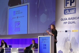 La conselleira de Educación, Universidade e Formación Profesional, Carmen Pomar, inaugura la primera jornada técnica de FP Dual.  - FOTO: XUNTA