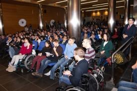 Universitarios con discapacidad en un acto en la Fundación  - FOTO: ONCE. - FUNDACIÓN ONCE